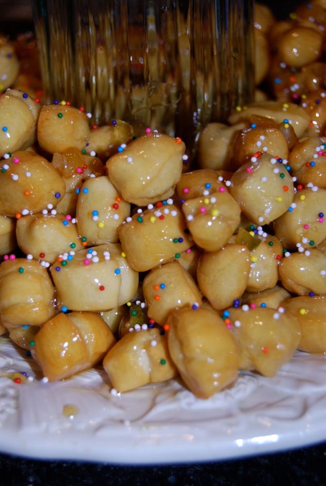 Struffoli and Mostaccioli My favorite Christmas desserts (1/6)