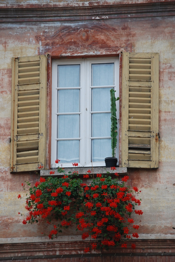 My two weeks in Italy: Windows and Balconies (3/6)