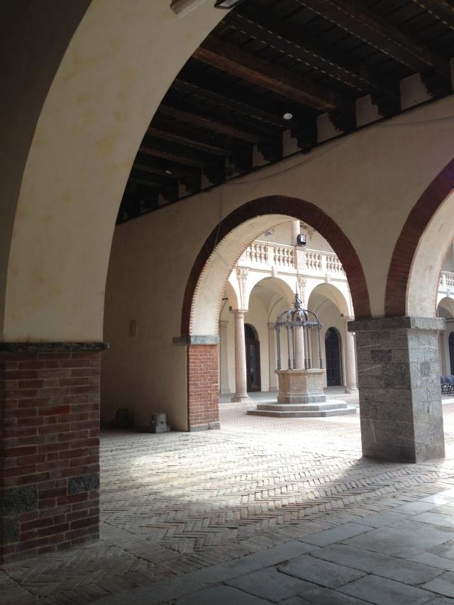 Broletto, Novara